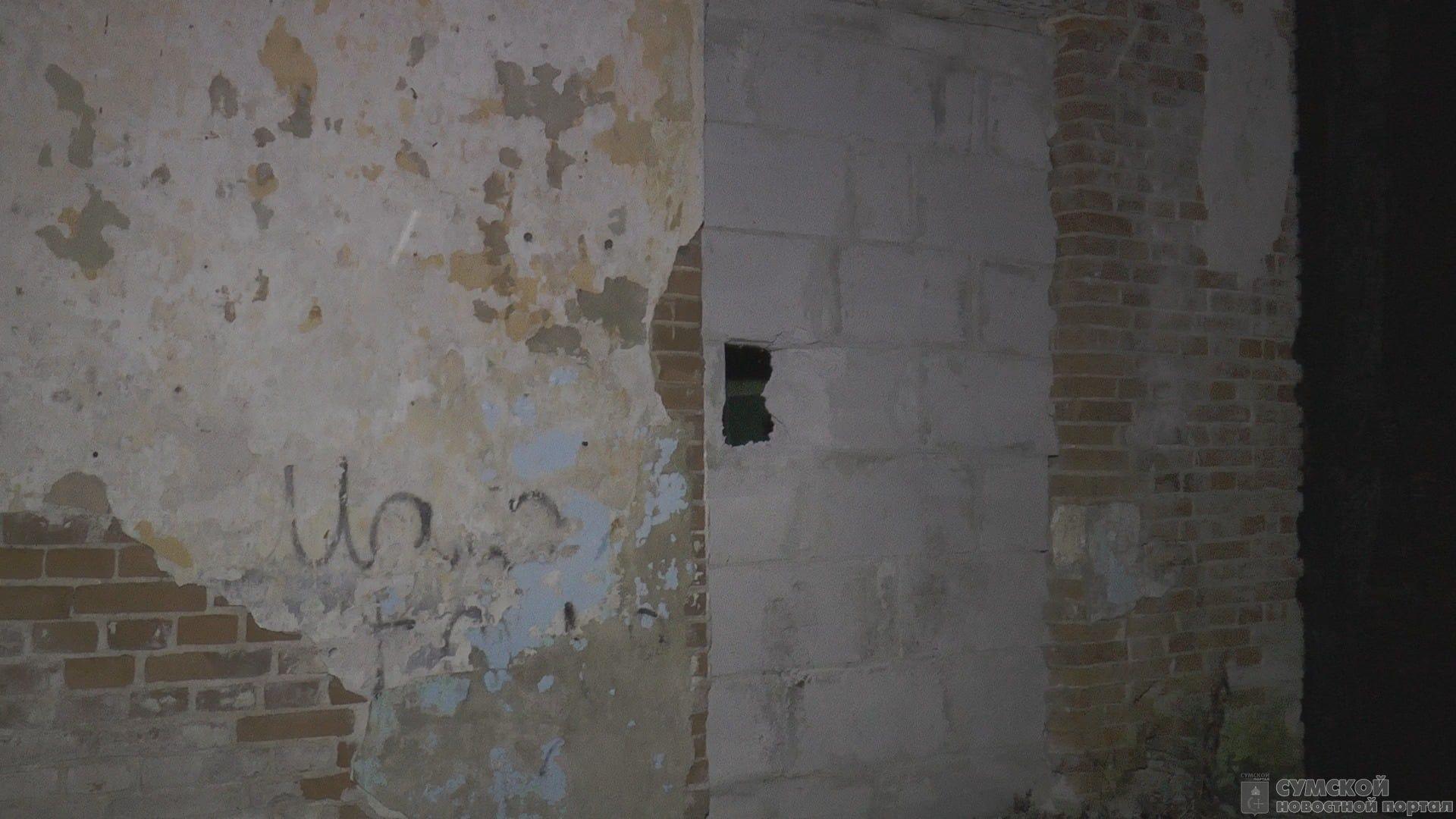 музей-Чехова-стена