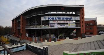 Скандальное начало большого футбола в Сумах