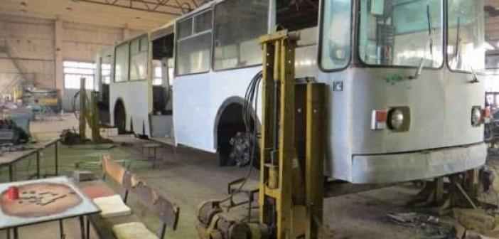 восстанавливают троллейбус